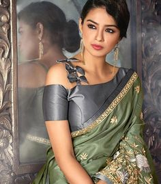 Silk Saree Blouse – 20 Latest Blouse Designs For Silk Sarees Anushka Sharma, Deepika Padukone, Saree Blouse Neck Designs, Fancy Blouse Designs, Saree Jacket Designs Latest, Shagun Blouse Designs, Designer Blouse Patterns, Designer Saree Blouses, Pattern Blouses For Sarees