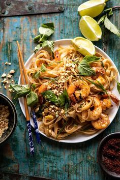 Better Than Takeout Garlic Butter Shrimp Pad Thai. - Half Baked Harvest Asian Recipes, Healthy Recipes, Ethnic Recipes, Chinese Recipes, Healthy Breakfasts, Healthy Snacks, Shrimp Pad Thai, Thai Chicken, Shrimp Pasta