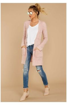 Pink Top Outfit, Pink Sweater Outfit, Winter Cardigan Outfit, Pink Dress Outfits, Winter Sweater Outfits, Cardigan Outfits, Casual Outfits, Cute Outfits, Fashion Outfits