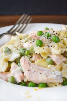Pasta with Salmon, Lemon, and Peass
