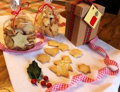 Irma la dolce: Biscotti di Natale Dolce, Gingerbread Cookies, Desserts, Food, Gingerbread Cupcakes, Tailgate Desserts, Ginger Cookies, Deserts, Meals