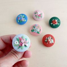 Flores para la solapa Flowers for the lapel in my Etsy Store Link in bio