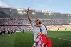 Goran Obradovic Football, Sports, Dresses, Fashion, Soccer, Hs Sports, Vestidos, Moda, Futbol