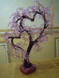 How cute. Love the hearts Beaded Flowers Patterns, French Beaded Flowers, Beading Patterns, Wire Crafts, Bead Crafts, Wire Tree Sculpture, Deco Nature, Crystal Tree, Tree Artwork