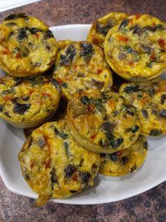 Pieczarki,szpinak,papryka,ser żółty,jajka Baked Potato, Muffin, Potatoes, Baking, Breakfast, Ethnic Recipes, Food, Morning Coffee, Potato