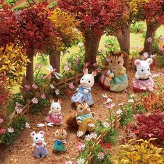 Calico Critters Families, Critters 3, Creepy Guy, Animal Crossing Pocket Camp, Kawaii, Sylvanian Families, Toy Rooms, Little Doll, Cartoon Shows