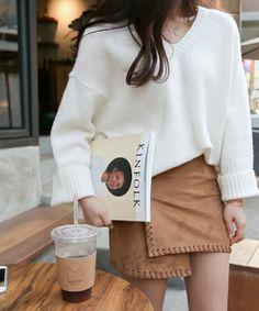ベーシックVネックウール混紡ニット(Knitwear)