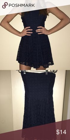 Abercrombie & Fitch Strapless Lace Dress Worn Once! Classic Abercrombie navy strapless lace layover dress. Abercrombie & Fitch Dresses Mini