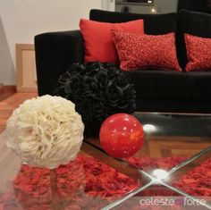 *Objetos deco Table, Furniture, Home Decor, Environment, Lacquer Furniture, Objects, Interiors, Home, Room Decor
