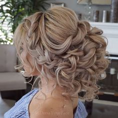 10 Romantic Hairstyles That You Will Want To Wear On Your Wedding Day – 10 romantische kapsels die je op je trouwdag wilt dragen – Romantic Hairstyles, Wedding Hairstyles For Long Hair, Wedding Hair And Makeup, Bride Hairstyles, Hair Wedding, Romantic Updo, Homecoming Hairstyles, Wedding Shoes, Wedding Updo With Braid