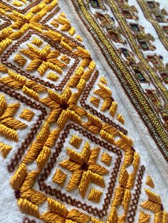 Grand Sewing Embroidery Designs At Home Ideas. Beauteous Finished Sewing Embroidery Designs At Home Ideas. Local Embroidery, Hungarian Embroidery, Types Of Embroidery, Folk Embroidery, Embroidery Needles, Embroidery Patterns, Machine Embroidery, Diy Art Projects Canvas, Ethno Design