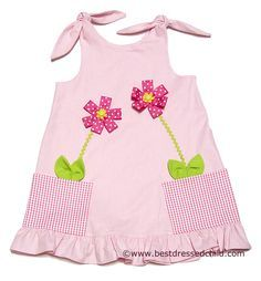 seams at shoulders instead of knots and flower pot patch pockets instead of plain patch pockets, and probably some rick rack or ribbon trim at to of ruffle. Make this with Mulberry Street Girls Pink Flower Pot Pockets Shoulder Tie Sun Dress Little Dresses, Little Girl Dresses, Toddler Dress, Baby Dress, Baby Girl Fashion, Kids Fashion, Frock Design, Baby Sewing, Kids Outfits