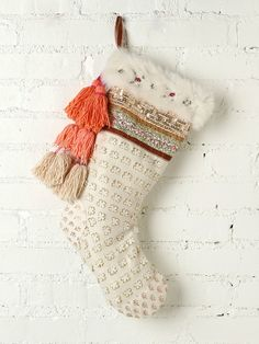 if my family didnt have matching stockings, i'd definitely buy this one for myself