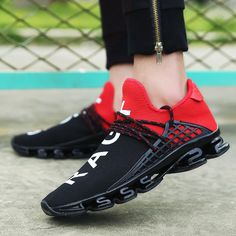 e83fe1d7bd5d 2018 White black red Men s Spring Breathable Mesh Sport Lace-up Running  Shoes