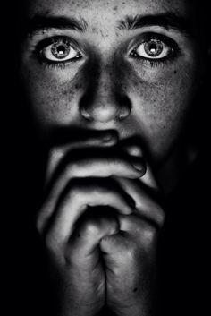 Low, Nikon D7100, portrait, black, white, eyes, girl,