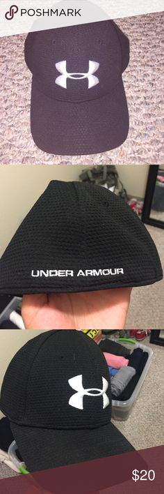 Selling this Under Armour Hat in my Poshmark closet! My username is   jessnicolelapp. a19e0f083798