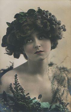 Gabrielle Ray, 1910