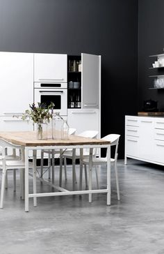 Love the simplicity. The New Vipp Dining Table Photo