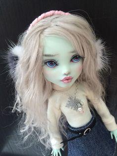Ooak Monster High Frankie Doll Repaint BY Liuba Small   eBay