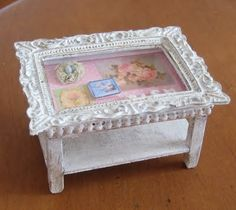 Love this idea but would replace the glass with something stronger. Shabby Chic Picture Frame Coffee Table