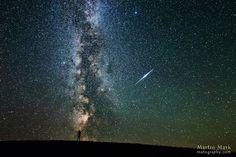 LA FOTO DESTACADA DE LA SEMANA El fogonazo y la galaxia