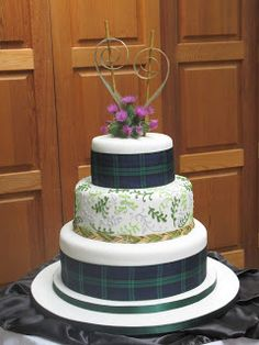 Sweet Bites Cakes: Scottish and New Zealand Themed Cake Themed Wedding Cakes, Themed Birthday Cakes, Themed Cakes, Wedding Themes, Themed Weddings, 90th Birthday, Scottish Wedding Cakes, Irish Wedding, Diy Wedding