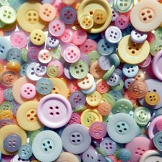 I heart buttons.