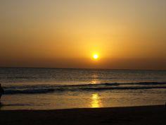 """""""El sol no se ha puesto aún por última vez"""" (Tito Livio) -  Playa de La Barrosa (Cadiz) (Foto: Alex Barvel)"""