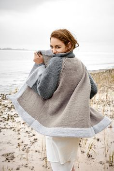 Crochet Patterns Pullover Knitting instructions: You can knit this cardigan yourself Crochet Pullover Pattern, Cardigan Pattern, Knit Crochet, Wool Cardigan, Knitted Coat, Knit Jacket, Sweater Jacket, Knit Fashion, Pulls