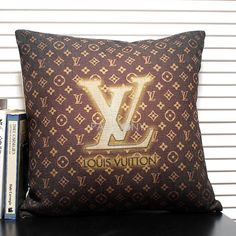 $35.99 LV Linen Decorative Pillowcase with Filling