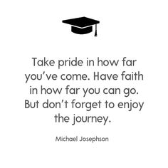Whether you have a graduate leaving high school or a college grad they graduation quotes are a fun way to celebrate graduation day. Graduation Quotes College Inspirational, College Graduation Quotes, Graduation Message, Graduation Speech, Inspirational Quotes For Kids, Great Quotes, Quotes To Live By, Motivational Quotes, Graduation Caps