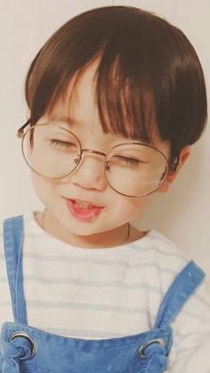 kid who looks like jungkook uwu – … - Cute Baby Cute Baby Names, Cute Baby Boy, Cute Little Baby, Little Babies, Cute Boys, Baby Kids, Baby Baby, Cute Asian Babies, Korean Babies