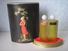 RYABINUSHKA  RARE VINTAGE SOVIET USSR PERFUME SET BY SEVERNOE SIYANIE 1986