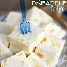 Then this PERFECT PINEAPPLE FUDGE is for you! This creamy white pineapple-speckled fudge is perfect for the holidays! Fudge Recipes, Candy Recipes, Sweet Recipes, Holiday Recipes, Cookie Recipes, Dessert Recipes, Holiday Treats, Christmas Recipes, Lemon Recipes