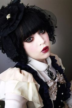 Cute Black and White Gothic Lolita Dress / Headpiece / Fashion Photography / Gothique Girl / Cosplay // ♥ More at: https://www.pinterest.com/lDarkWonderland/