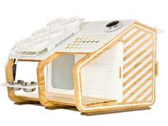 Doghouse 2 solar powered
