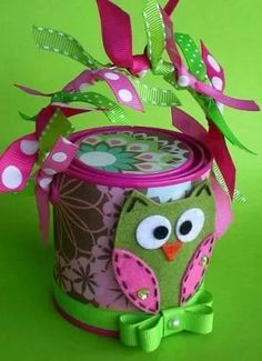 Owl Gift Container, Gift Packaging/ Mini Altered Paint Can/ Green Gwendolyn… Owl Crafts, Crafts For Kids, Arts And Crafts, Paper Crafts, Owl Parties, Owl Classroom, Pot A Crayon, Little Presents, Cute Owl