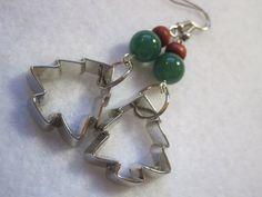 Christmas tree earrings. Cookie cutter earrings. by ArtsParadis, $8.00