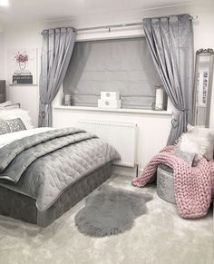 Bedroom Design And Decoration Tips And Ideas - Top Style Decor Girl Bedroom Designs, Room Ideas Bedroom, Home Decor Bedroom, Silver Bedroom Decor, Diy Bedroom, Dream Rooms, My New Room, Beautiful Bedrooms, Room Inspiration