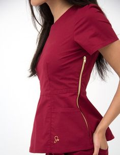 The Peplum Top in Rose Wine is a contemporary addition to women's medical scrub outfits. Shop Jaanuu for scrubs, lab coats and other medical apparel. Dental Scrubs, Medical Scrubs, Scrubs Outfit, Scrubs Uniform, Cute Scrubs, Medical Uniforms, Diy Couture, Dresses For Work, Shift Dresses