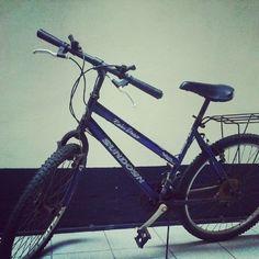 Peguei emprestada! :) Já pensando em comprar uma pra mim! #bike #bicicleta