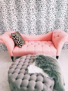 tufted chaise so cute