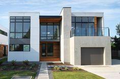 Casa lujosa y moderna de 2 pisos