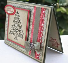 Red & Gray Christmas - nice colours, design and bow.