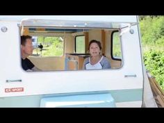 Filmpje: Zo schilder je je caravan in slechts TWEE keer! ‹ Caravanity   happy campers lifestyle