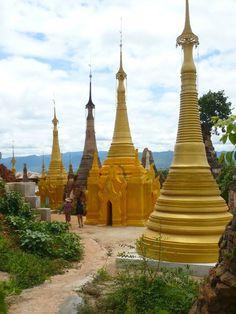 Pagodas Inle Lake #Myanmar #Burma #Tour