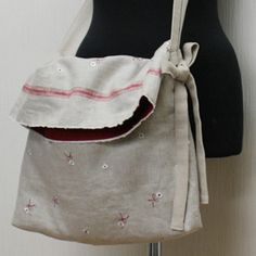 Fold Over Top Bag Tutorial Diy Handbag, Diy Purse, Diy Sac, Japanese Sewing, Art Bag, Linen Bag, Fabric Bags, Clutch, Cute Bags