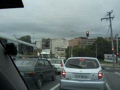 Avenida Itavuvu - Sorocaba.. ao fundo Shopping Cidade em fase de construção... -