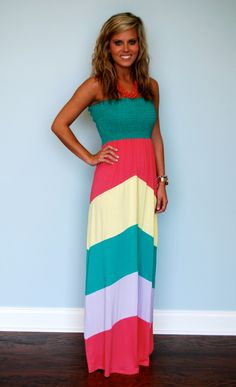 This multi-colored maxi dress got our attention! We love the style and the colors, and we think you will, too! Our model is and is wearing a small. Maxi Outfits, Cute Outfits, Fashion Outfits, Womens Fashion, Maxi Dresses, Jeans Claro, Passion For Fashion, Spring Summer Fashion, Dress To Impress