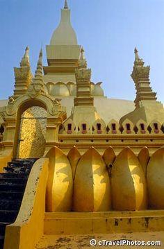 Pha That Luang. Vientiane, Laos